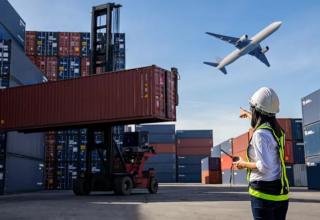 Práticas Aduaneiras e Incoterms | 50h